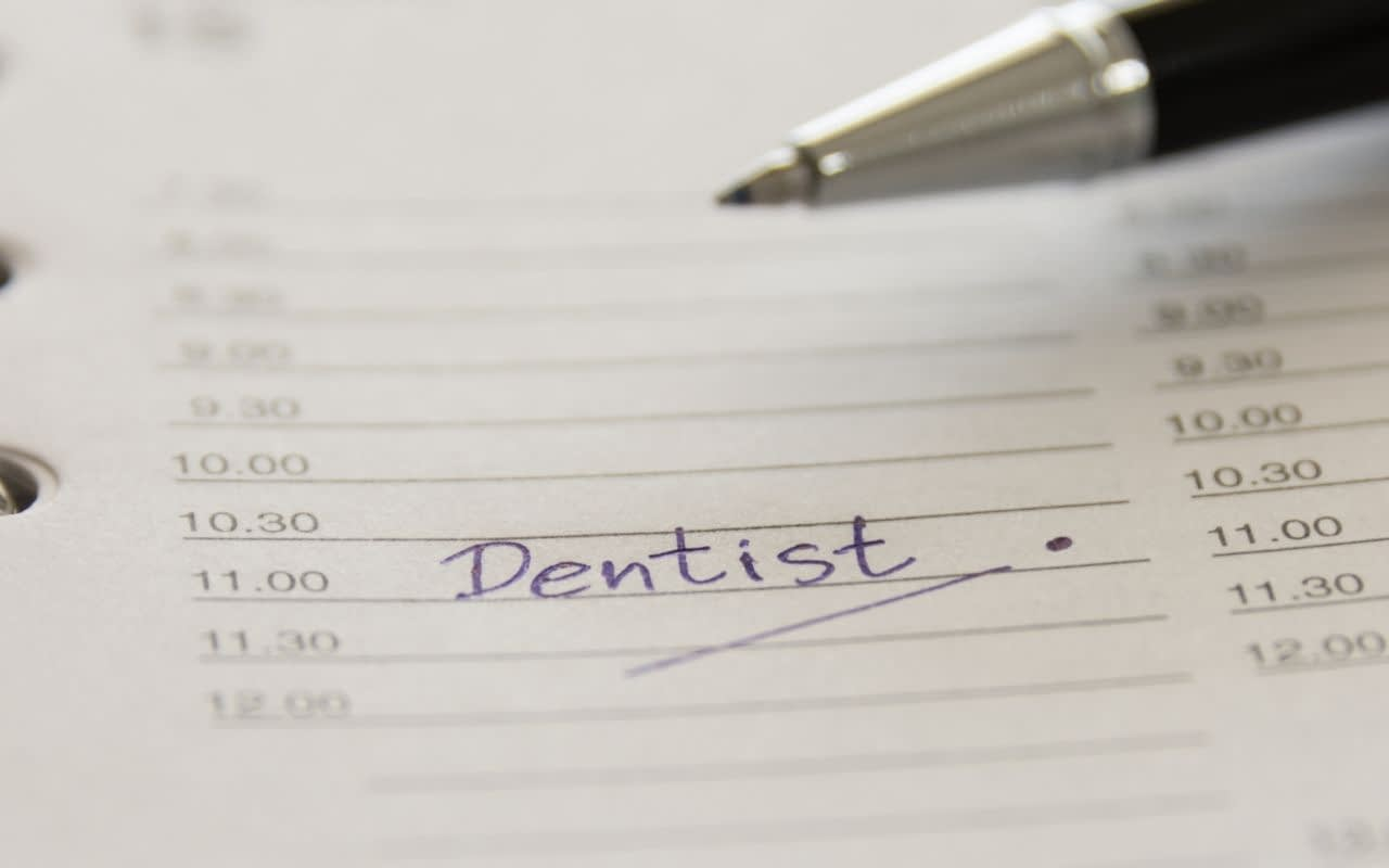 direct-response-marketing-campaign-to-book-dentist-appointment-Dental-Marketing-Heroes